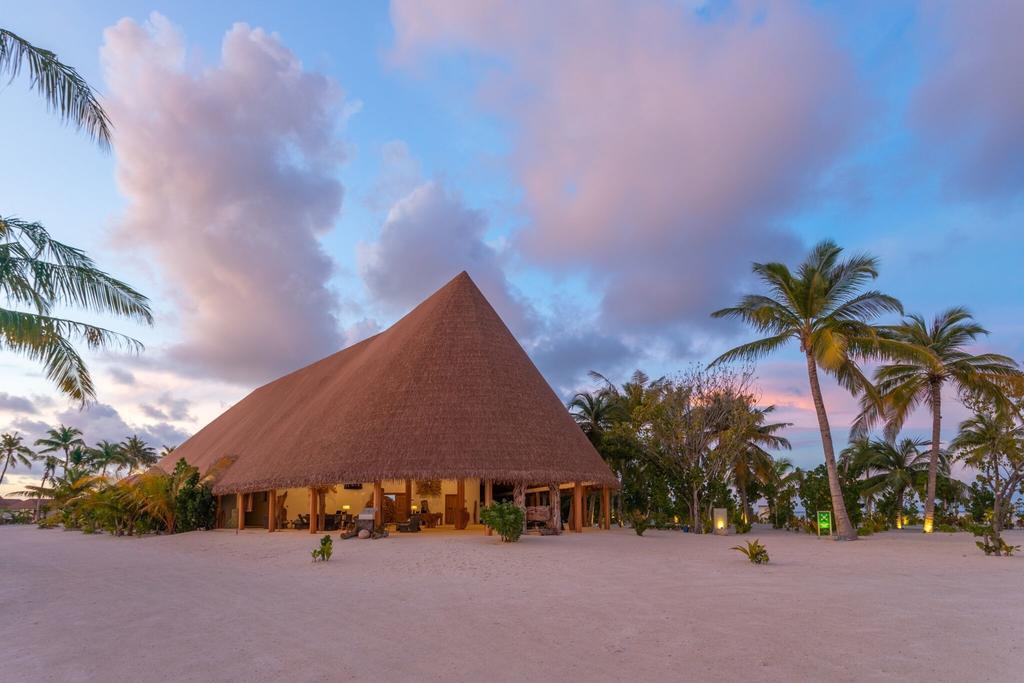 Fiber Thatch Cinnamon Velifushi Maldives 17