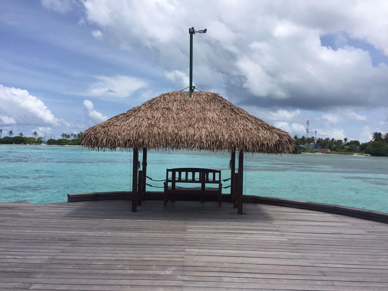 Fiber Thatch Maldives_Holiday Inn Kandooma 01