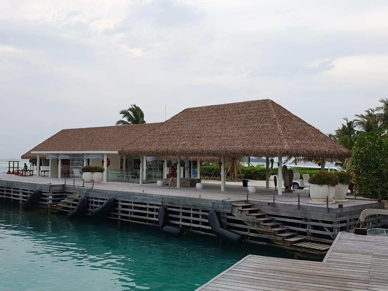 Fiber Thatch Maldives_Holiday Inn Kandooma 04