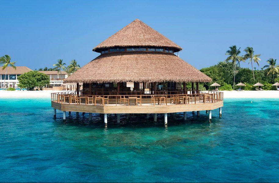 Fiber Thatch Maldives_Reethi Faru Resort 02