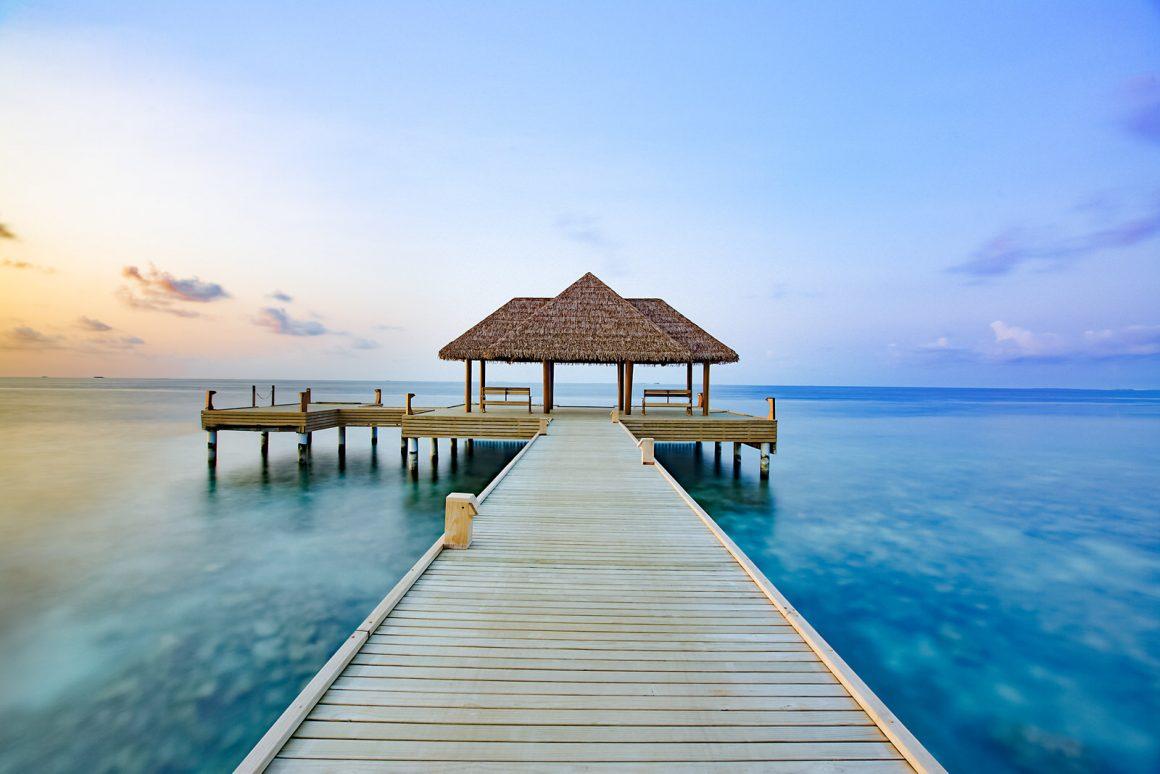 Fiber Thatch Maldives_Reethi Faru Resort 03