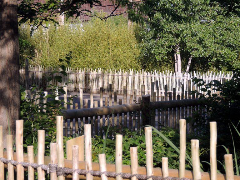 Fiber Thatch_Rope Spacing_Fences02